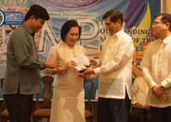 MSC president receives Outstanding Movers of the Philippines award
